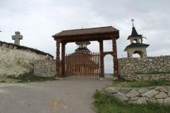 Biserica dintr-o piatra